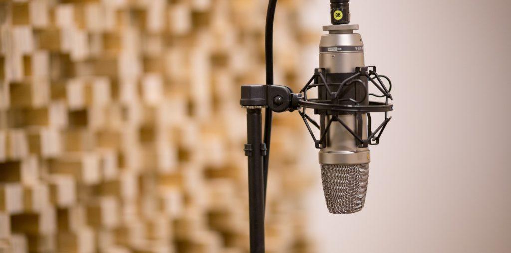 pierwszy mikrofon do nagrań